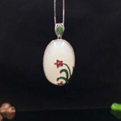 0354#925银镶和田玉蛋面白加绿配珐琅吊坠(厚)