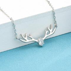 纯银森系圣诞礼物一路有你项链 s925跨境配饰锆石饰品麋鹿锁骨链 白色